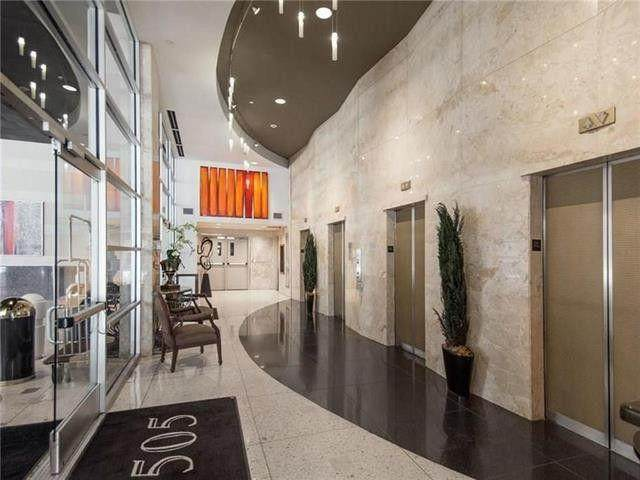 1505 Elm Street #402, Dallas, TX 75201 (MLS #14532153) :: Front Real Estate Co.