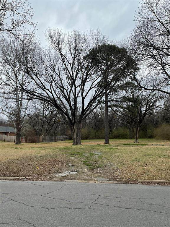 512 Verna Lane, Denison, TX 75020 (MLS #14535491) :: Hargrove Realty Group