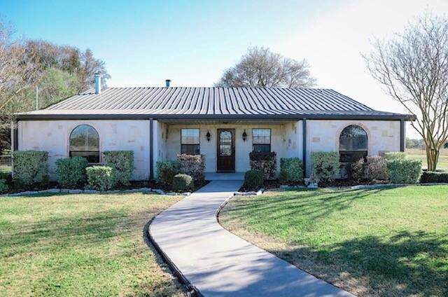 193 Lcr 398, Groesbeck, TX 76642 (MLS #14539130) :: Real Estate By Design