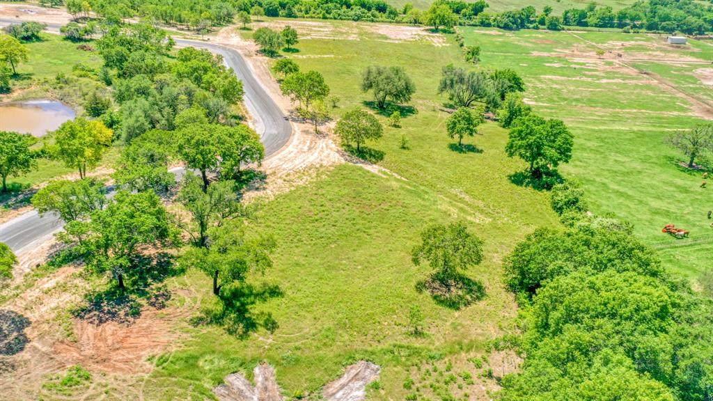 1032 Oak Bend Lane - Photo 1