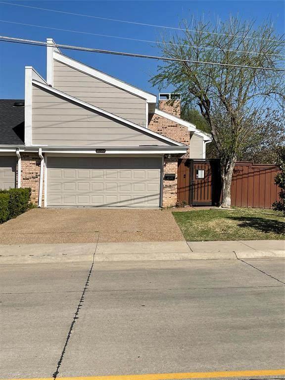 2100 Willowgate Lane, Carrollton, TX 75006 (MLS #14545891) :: The Good Home Team
