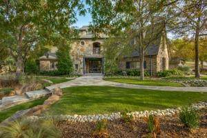 5802 Chamberlyne Drive, Frisco, TX 75034 (MLS #14548680) :: Lisa Birdsong Group | Compass