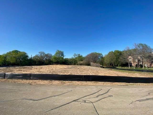 3 Lakeshore Drive, Grapevine, TX 76051 (MLS #14549188) :: Team Tiller