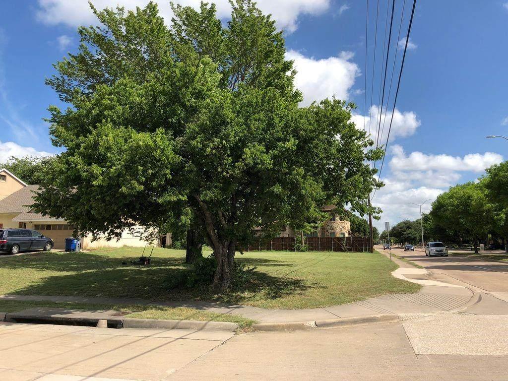 6827 Windrock Road - Photo 1