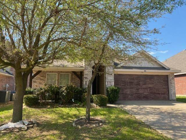 1213 Cottonwood Drive, Crowley, TX 76036 (MLS #14549656) :: The Chad Smith Team