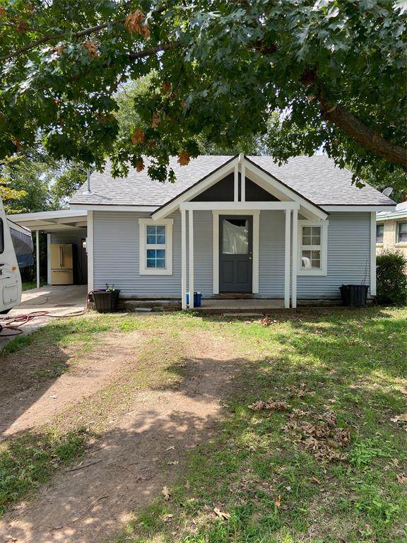 404 Cherry Street, Bowie, TX 76230 (MLS #14552181) :: Bray Real Estate Group