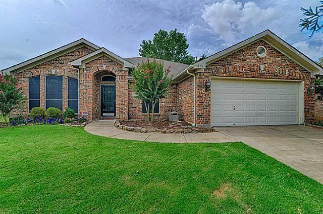 606 Ember Lane, Mansfield, TX 76063 (MLS #14552247) :: RE/MAX Pinnacle Group REALTORS