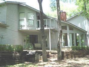 9308 Greenville Avenue, Dallas, TX 75243 (MLS #14552279) :: The Juli Black Team