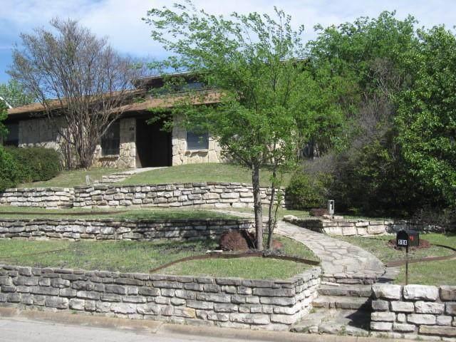 504 Hilltop Drive, Weatherford, TX 76086 (MLS #14554417) :: RE/MAX Pinnacle Group REALTORS