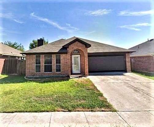 837 W Colony Drive, Arlington, TX 76001 (MLS #14555028) :: The Mitchell Group