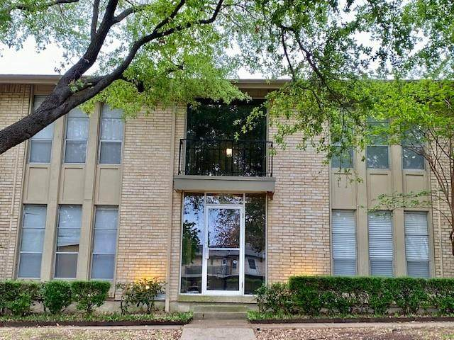 5832 Sandhurst Lane C, Dallas, TX 75206 (MLS #14555207) :: Frankie Arthur Real Estate