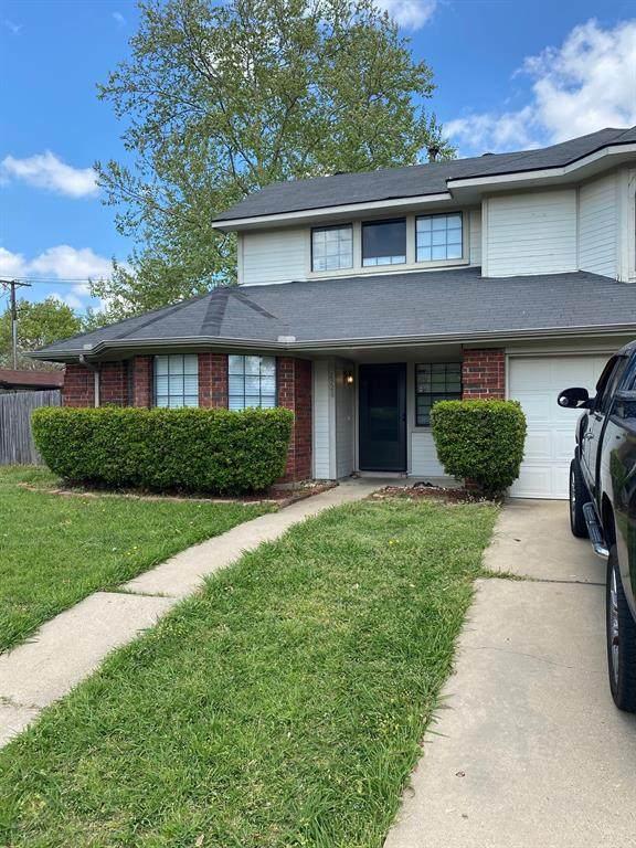 2728 Wentworth Drive, Grand Prairie, TX 75052 (MLS #14555209) :: RE/MAX Pinnacle Group REALTORS