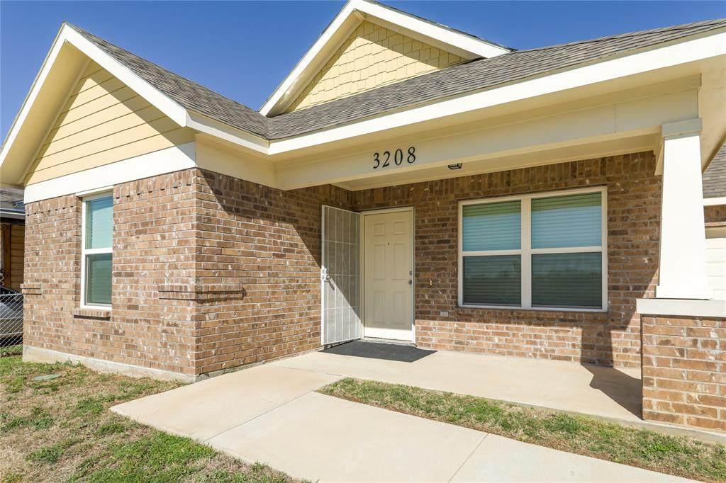3208 Refugio Avenue - Photo 1