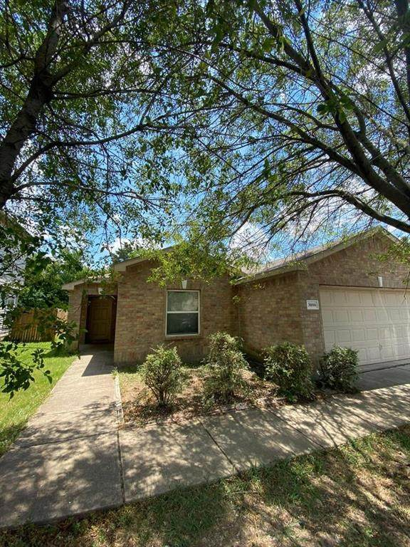 3006 Dusty Oak Drive, Dallas, TX 75227 (MLS #14556123) :: The Daniel Team