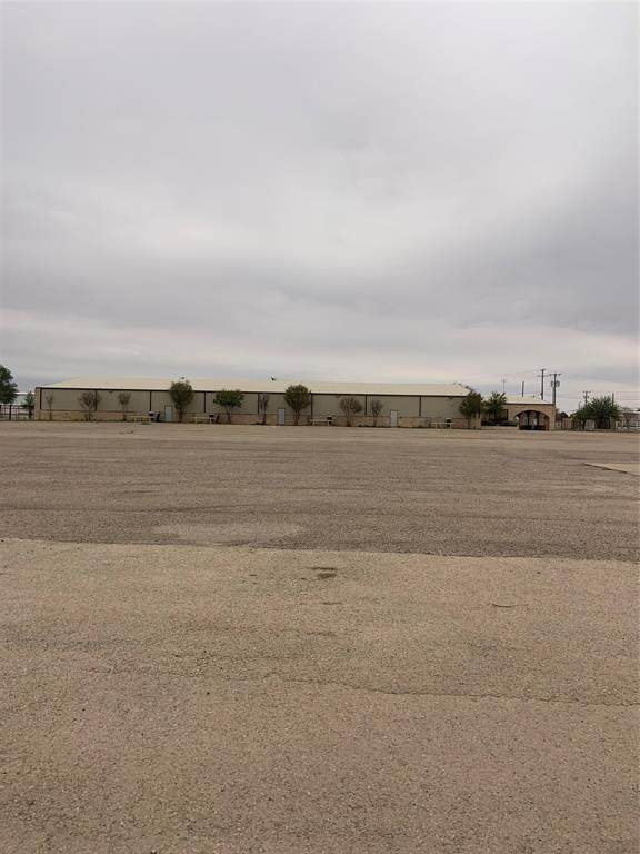 4011 S State Highway 349, Midland, TX 79706 (MLS #14556269) :: Team Hodnett
