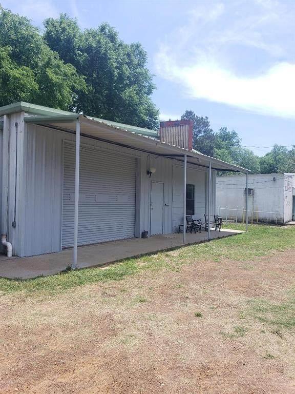 8212 Hwy 19 N, Trinity, TX 75862 (#14557409) :: Homes By Lainie Real Estate Group