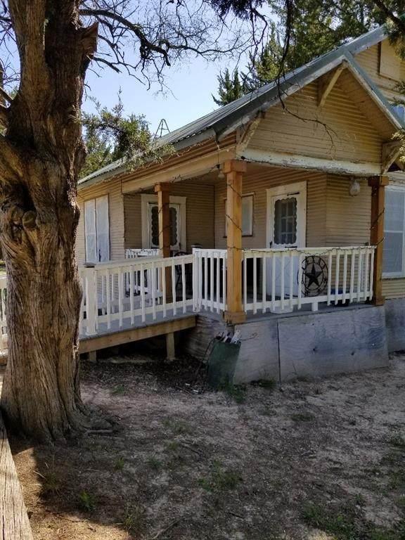 362 Tweedy Bird Lane, Whitewright, TX 75491 (MLS #14557640) :: Trinity Premier Properties