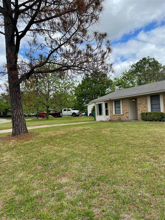 6703 Wren Drive, Greenville, TX 75402 (MLS #14558087) :: Jones-Papadopoulos & Co
