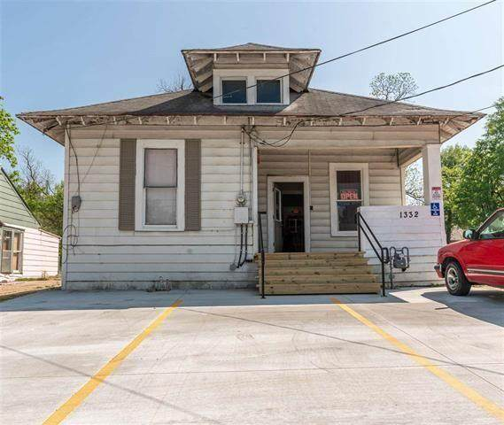 1332 Lamar Avenue, Paris, TX 75460 (MLS #14559276) :: Feller Realty