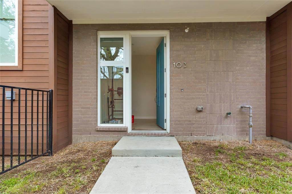 4620 Munger Avenue - Photo 1