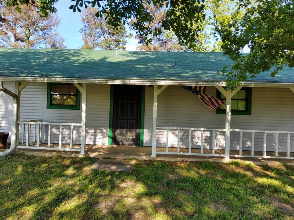 516 County Road 4250 - Photo 1
