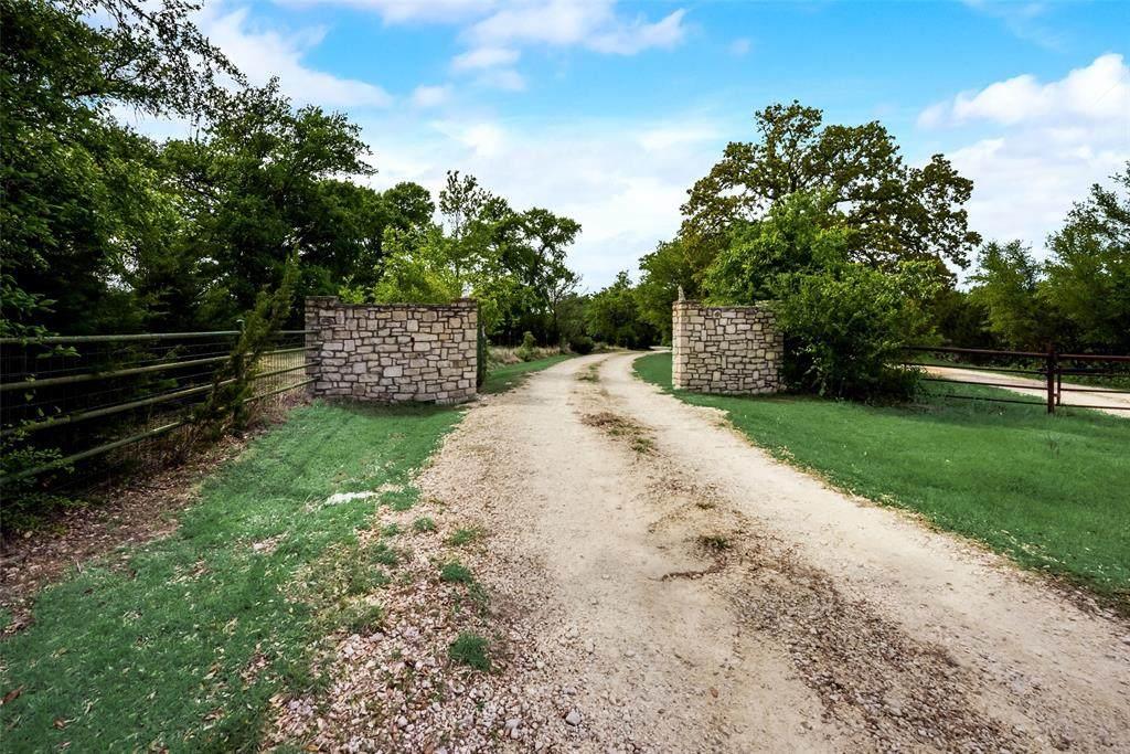 1379 County Road 327 - Photo 1