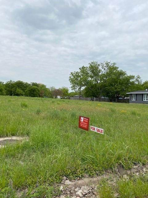 5024 Stanley Avenue, Fort Worth, TX 76115 (MLS #14560832) :: The Kimberly Davis Group