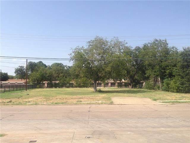 1901 Parkside Avenue, Irving, TX 75061 (MLS #14563126) :: Robbins Real Estate Group