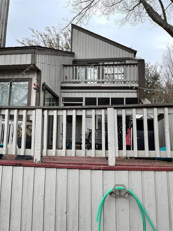 544 Yacht Club Drive, Rockwall, TX 75032 (MLS #14563813) :: The Kimberly Davis Group