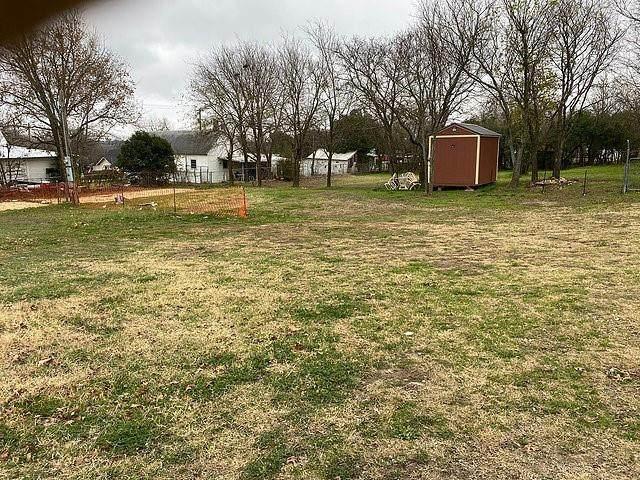 107 Lamar Street, Hico, TX 76457 (MLS #14564221) :: Craig Properties Group