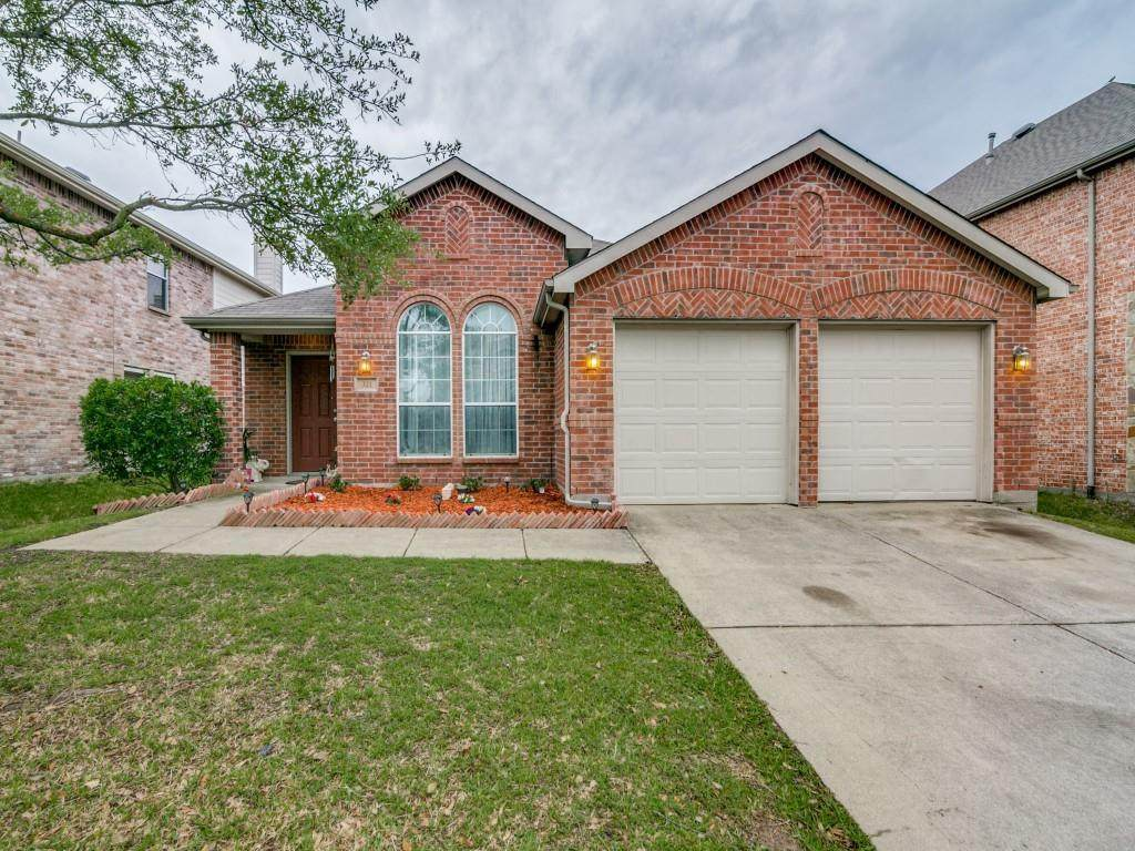 321 Highland Creek Drive - Photo 1