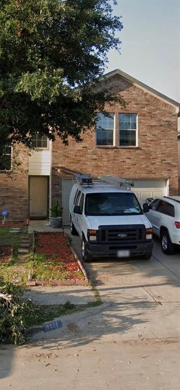 9924 Crystal Valley Way, Dallas, TX 75227 (MLS #14566326) :: All Cities USA Realty