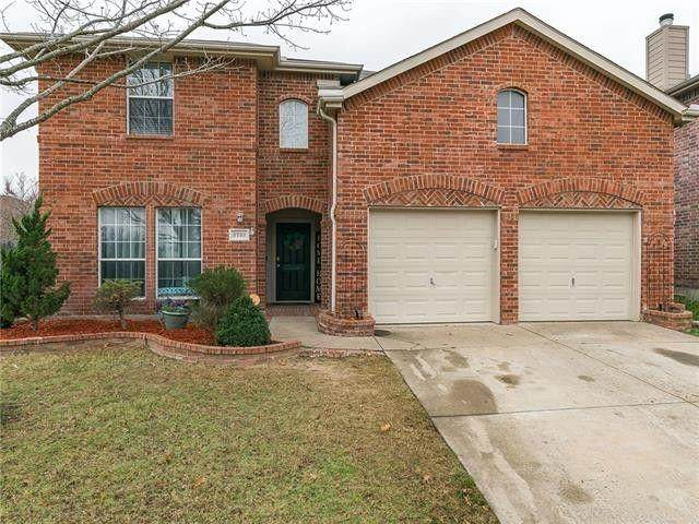 3733 Redstart Dr, Mesquite, TX 75181 (#14569239) :: Homes By Lainie Real Estate Group