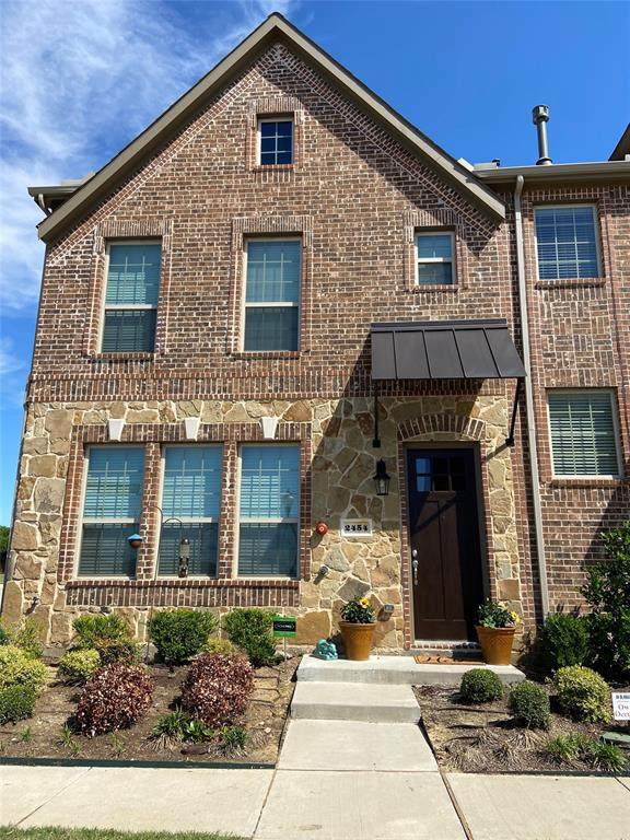2454 Magalia Lane, Lewisville, TX 75056 (MLS #14571341) :: Team Tiller