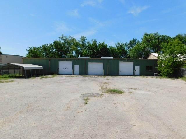 1118 E Moore Ave, Terrell, TX 75160 (MLS #14572879) :: Trinity Premier Properties