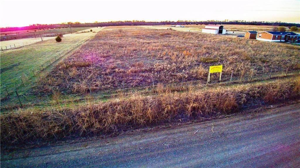 444 County Road 2146 - Photo 1