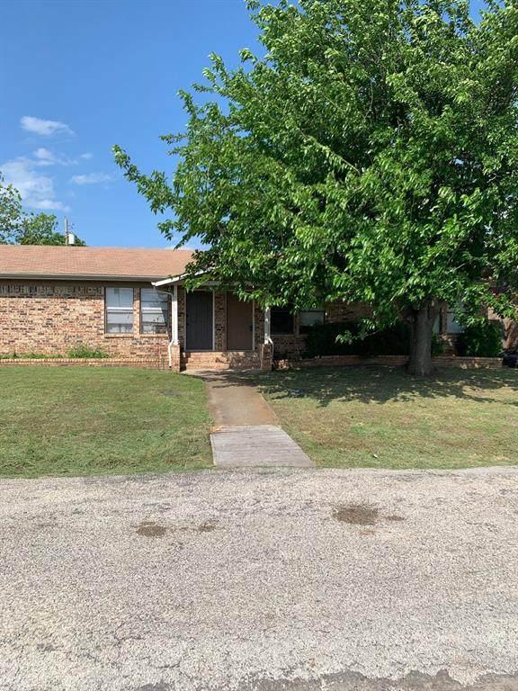 954 Meadowlark Circle, Granbury, TX 76049 (MLS #14573220) :: Real Estate By Design