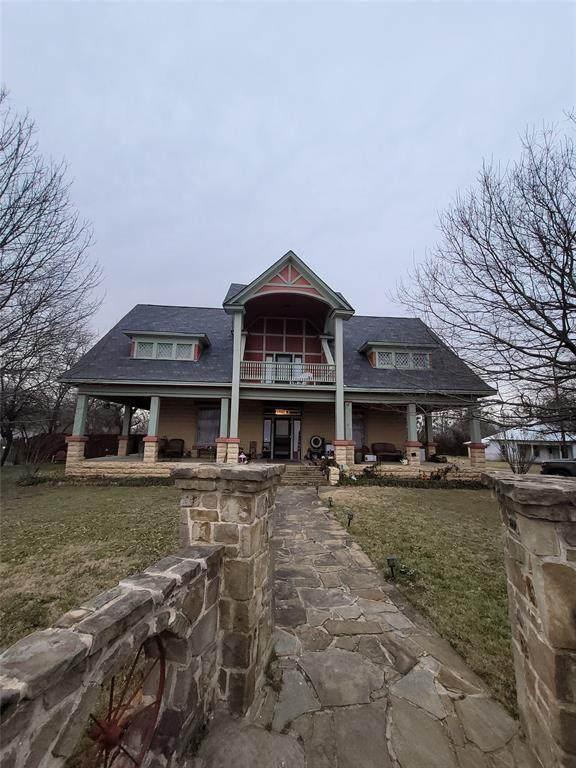 1700 S Main Street, Cleburne, TX 76033 (MLS #14573716) :: VIVO Realty