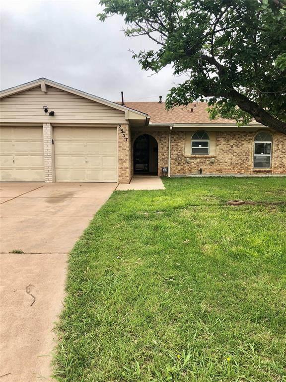 2557 N Willis Street, Abilene, TX 79603 (MLS #14574031) :: The Russell-Rose Team