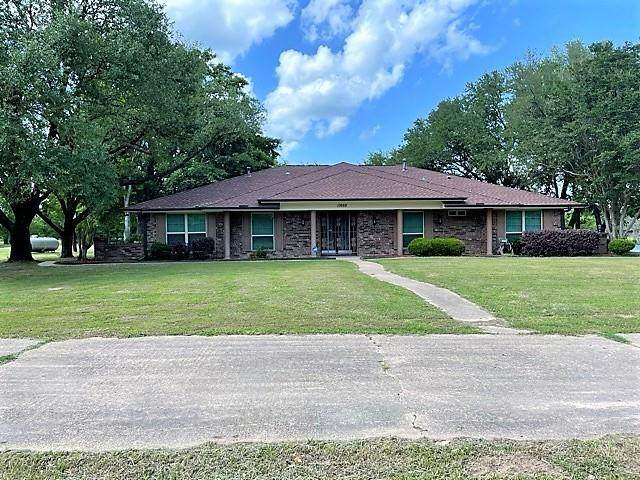 11668 S Hwy 198, Mabank, TX 75156 (MLS #14575333) :: Real Estate By Design