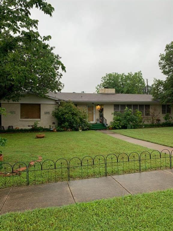 649 Hinton Street, Grand Prairie, TX 75050 (MLS #14576515) :: Real Estate By Design