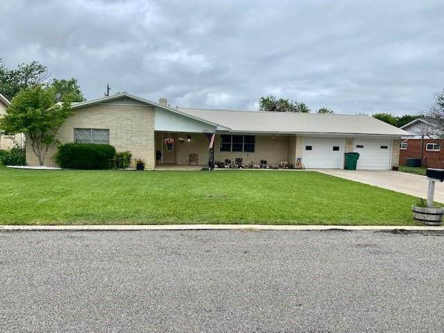 1607 Earl Street, Goldthwaite, TX 76844 (MLS #14577689) :: Robbins Real Estate Group