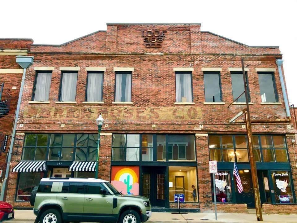 209 1/2 Tennessee Street - Photo 1