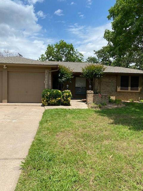 4115 Pyracantha Drive, Arlington, TX 76017 (MLS #14578765) :: Rafter H Realty