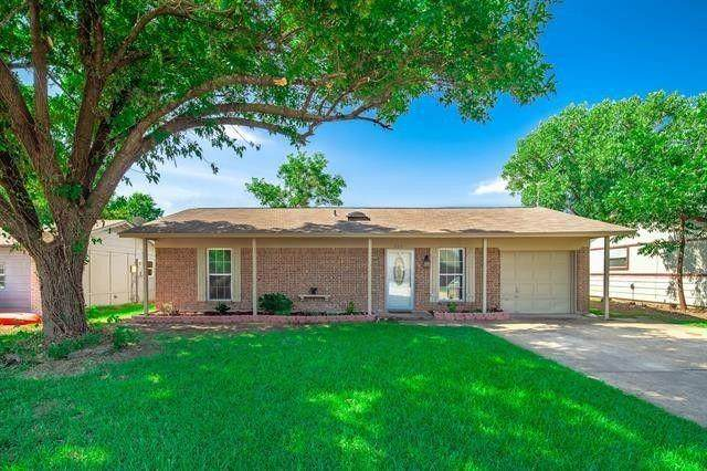 304 E Stone Road, Wylie, TX 75098 (MLS #14578934) :: The Mitchell Group