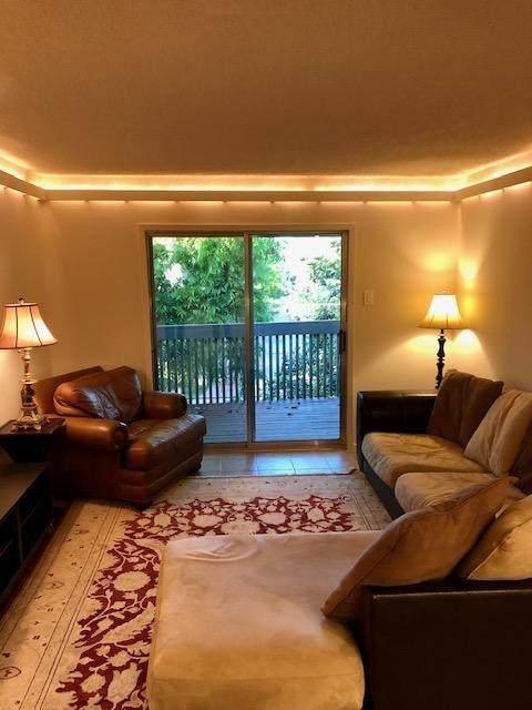 4837 Cedar Springs Road #315, Dallas, TX 75219 (MLS #14580097) :: Robbins Real Estate Group
