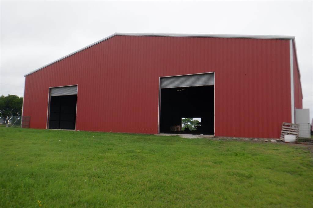 5839 County Road 660 - Photo 1