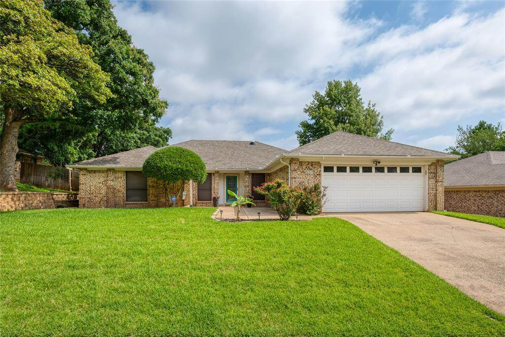 906 Forest Trail Court - Photo 1