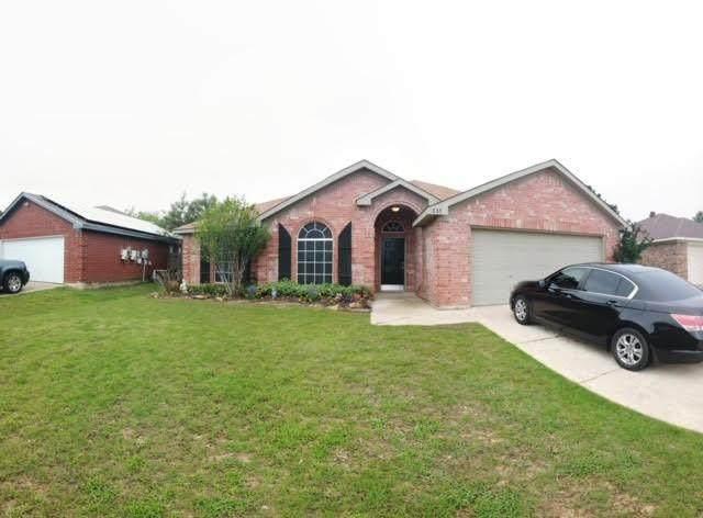 635 Jamie Lane, Mansfield, TX 76063 (MLS #14589486) :: Front Real Estate Co.