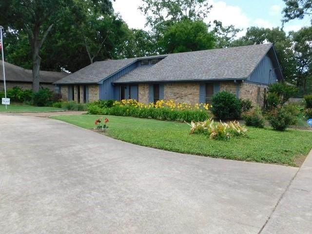 201 Kent Drive, Pittsburg, TX 75686 (MLS #14593291) :: Real Estate By Design